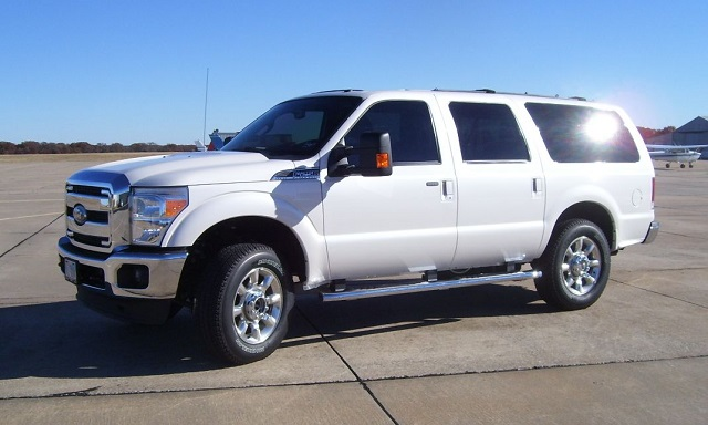 2020 Ford Excursion